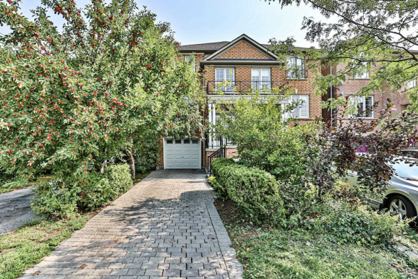 301 Yellowood Circ, Vaughan