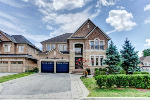 1 Midvale Heights Lane, Vaughan