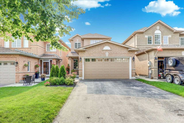 103 Royal Ridge Cres, Vaughan