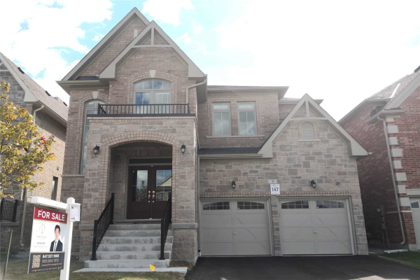 3 Manor Hampton St, East Gwillimbury