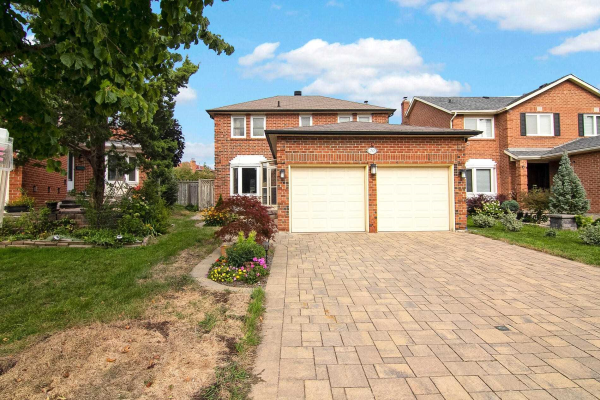 20 Pagehurst Crt, Richmond Hill