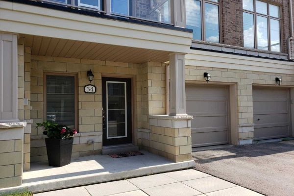 34 Cornerbank Cres, Whitchurch-Stouffville