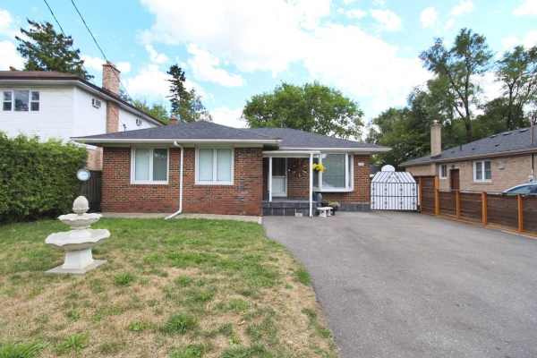 456 Palmer Ave, Richmond Hill