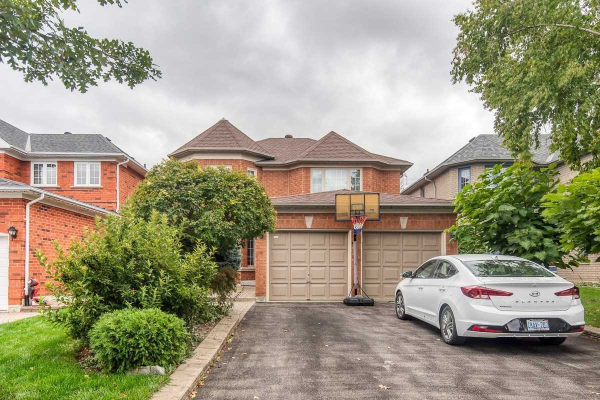 67 Song Bird Dr, Markham