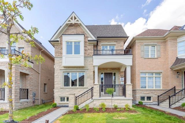 218 Paradelle Dr, Richmond Hill