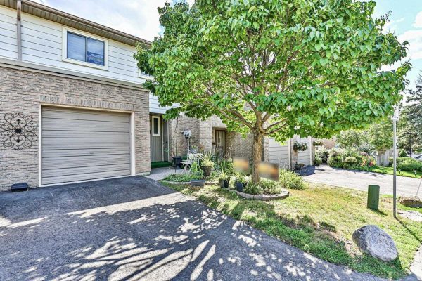 35 Knightsbridge Way, Markham