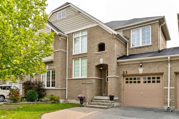 23 Thomas Legge Cres, Richmond Hill