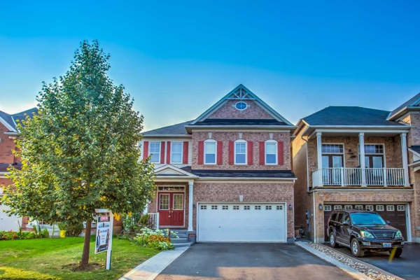 14 Goudie Cres, Whitchurch-Stouffville