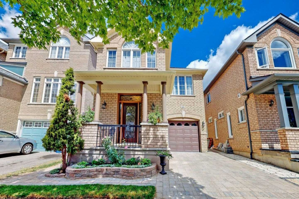 23 Russell Hill Rd, Markham