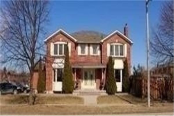 3 Swanage Dr, Vaughan