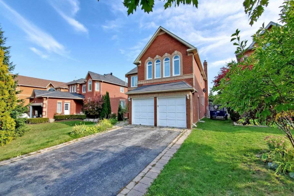 22 Florentine Cres, Richmond Hill