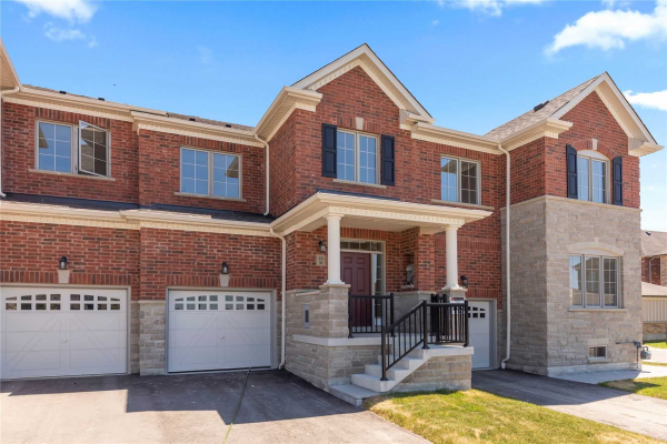 89 Thornapple Lane, Richmond Hill