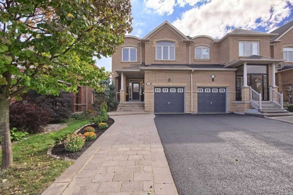 122 Mistywood Cres, Vaughan