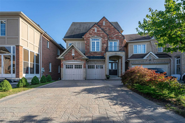 111 Heritage Hollow Esta St, Richmond Hill