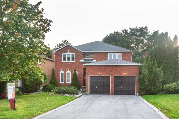 276 Kirby Cres, Newmarket