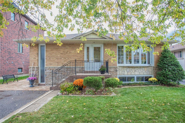 10 Beaverton Rd S, Richmond Hill