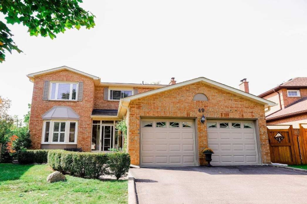 49 Tomlin Cres, Richmond Hill