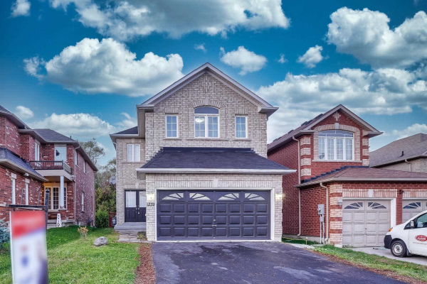 1232 Fox Hill St E, Innisfil