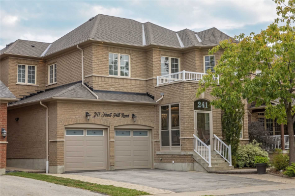 241 Fossil Hill Rd, Vaughan