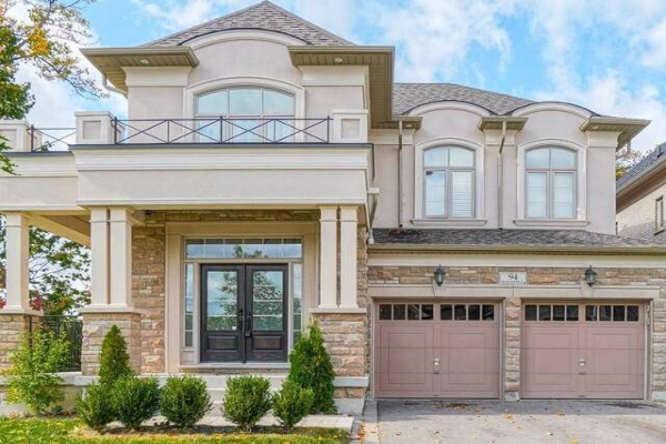 94 Headwind Blvd, Vaughan