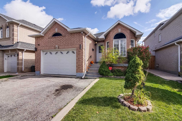 389 St Joan Of Arc Ave, Vaughan