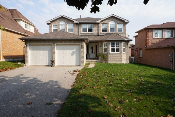177 Chambers Cres, Newmarket