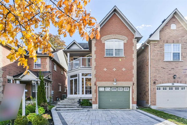 41 Maroon Dr, Richmond Hill