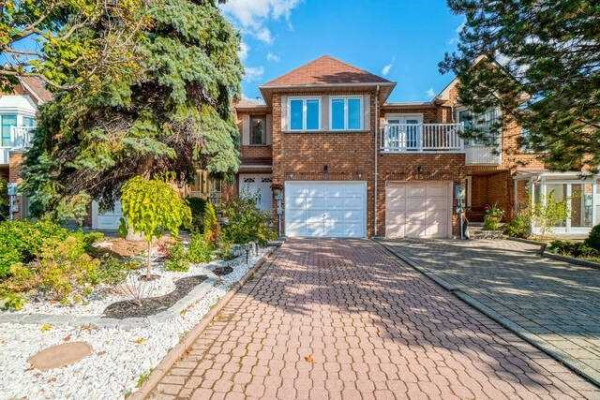 43 Queensmill Crct, Richmond Hill