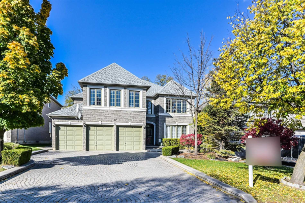 57 Cassandra Cres, Richmond Hill