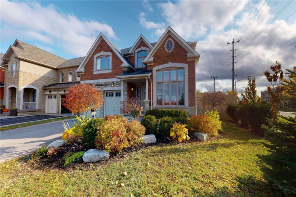 123 Bartsview Circ, Whitchurch-Stouffville