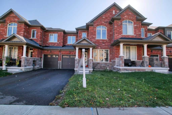 104 Mondial Cres, East Gwillimbury