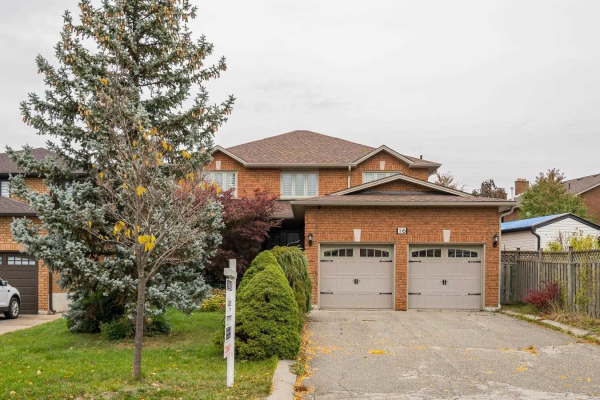 16 Firefly Cres, Vaughan