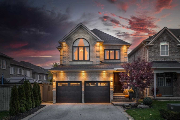 220 Worthview Dr, Vaughan