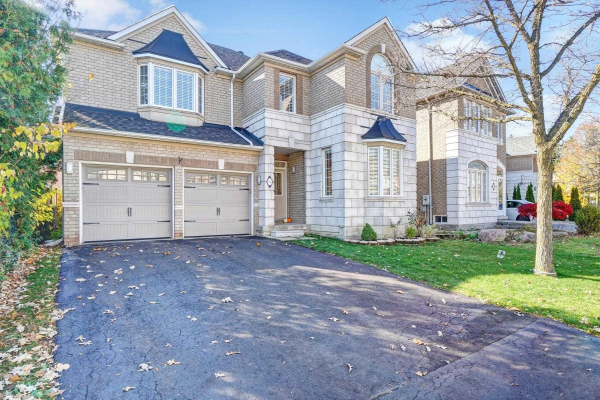 84 Gemini Cres, Richmond Hill