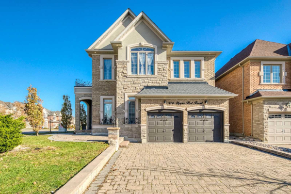 376 Upper Post Rd, Vaughan