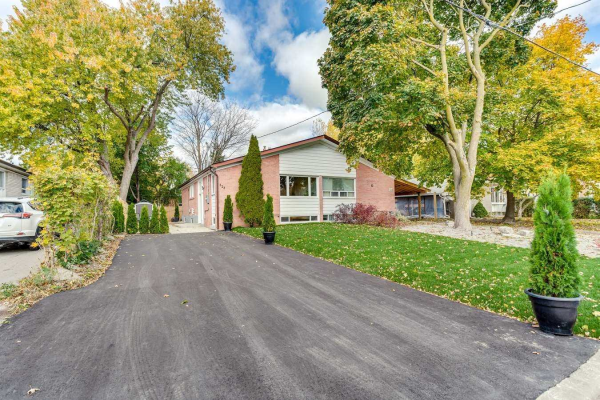 323 Kerswell Dr, Richmond Hill