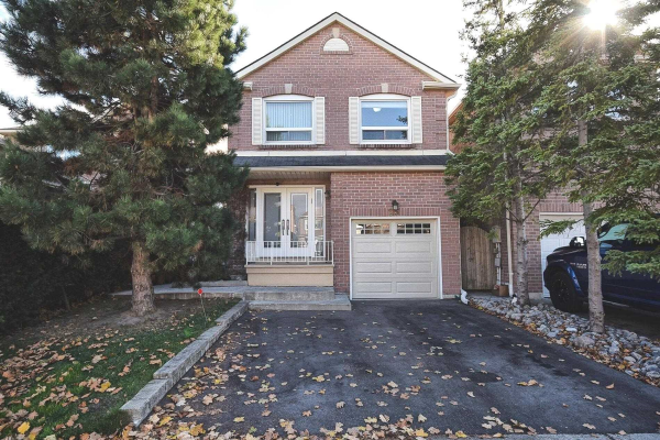 25 Gailcrest Circ, Vaughan