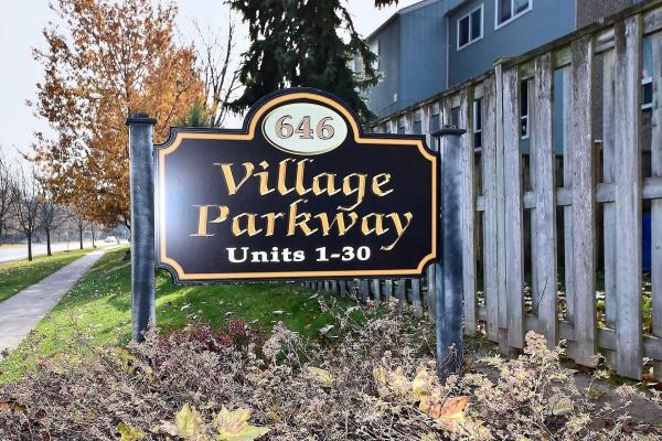 646 Village Pkwy, Markham