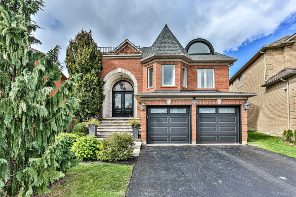 8 Belize Crt, Richmond Hill