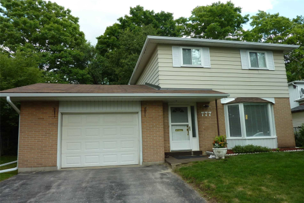777 Greenfield Cres, Newmarket