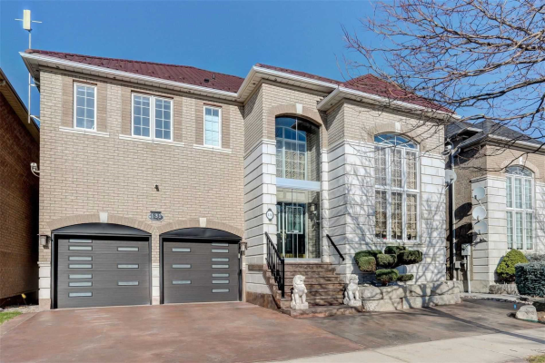 131 Gemini Cres, Richmond Hill
