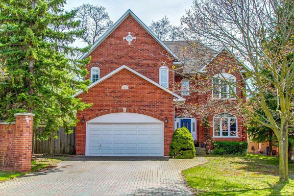 16 Hunt Club Crt, Markham
