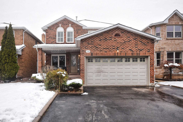 116 Cromwell Rd, Vaughan
