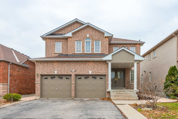 404 Forest Fountain Dr, Vaughan