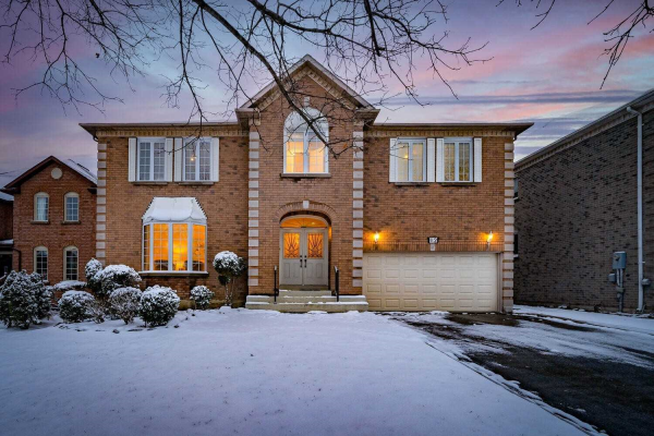 12 Compton Cres, Richmond Hill