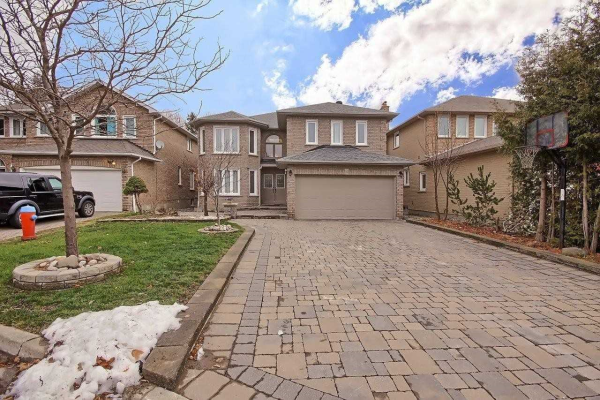 38 Eastdale Cres, Richmond Hill