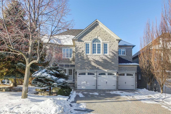 55 Graydon Cres, Richmond Hill