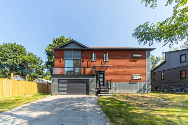 60 Valley Rd, Whitchurch-Stouffville