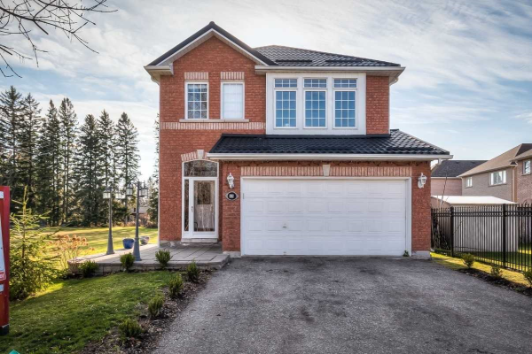33 Headwater Cres, Richmond Hill