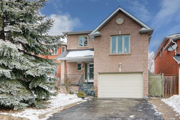 58 Sweet Water Cres, Richmond Hill